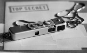 """""""Spionita"""" își arată colții în Italia. Doi oficiali ruşi, posibil implicaţi într-un caz de spionaj militar, expulzați din Cizmă"""
