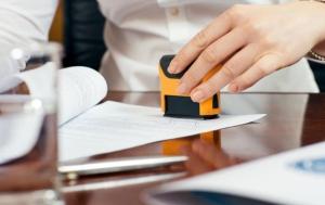 Fără ștampilă pe înscrisurile depuse la instituţiile sau autorităţile publice