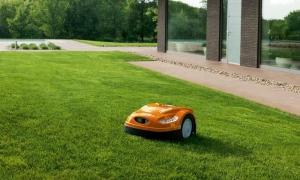Cum poți câștiga timp tunzând iarba