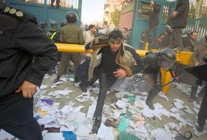 """Teheranul se inflamează: """"Dacă depăşiţi linia roşie, vă vom distruge"""""""