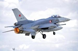 Turcii fac ținte zburătoare din F-16. Ankara testează sistemele antiaeriene rusești S-400